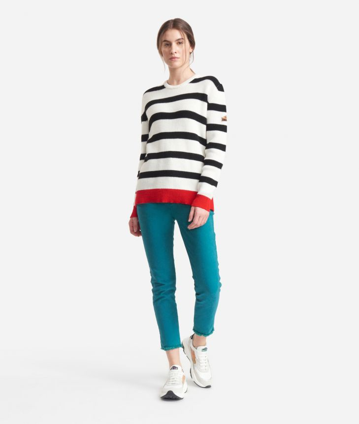 Striped sweater White and Black,front