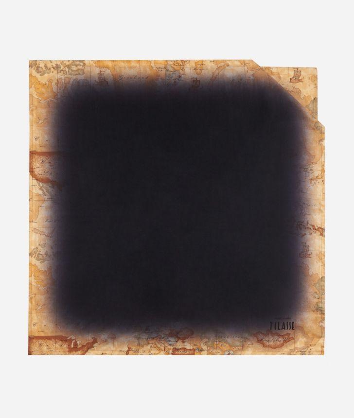 Foulard with Geo Sfumato print 70 x 70 Black,front