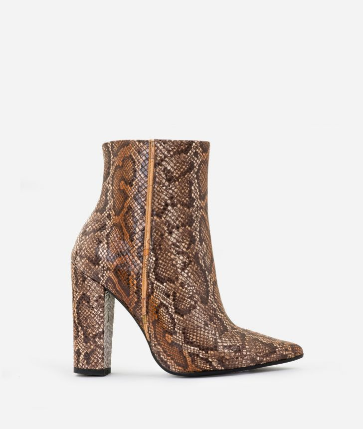 Ankle boots in leather with python print Brown,front