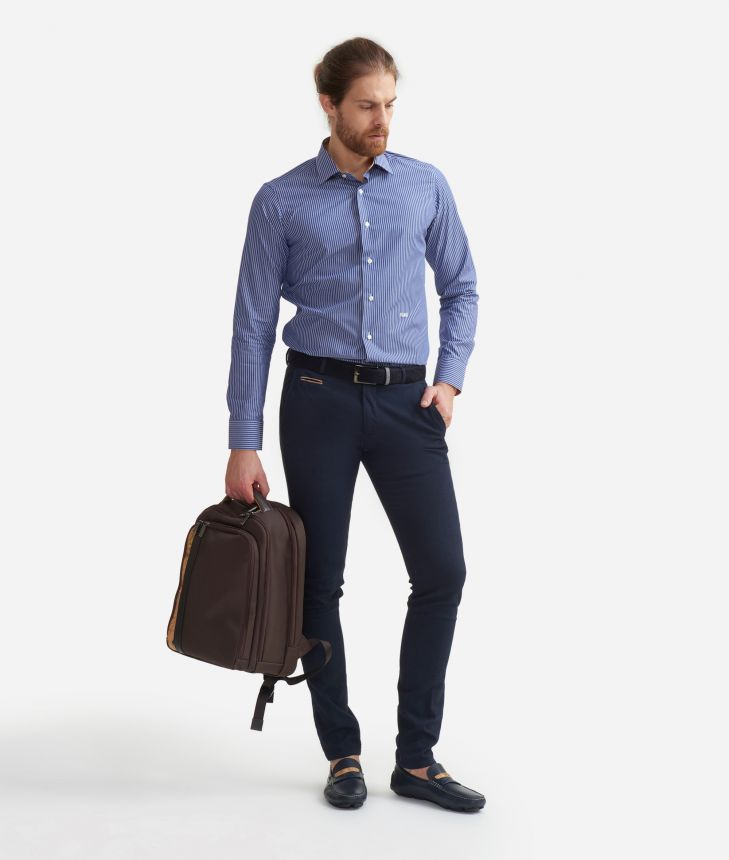 Slim fit shirt in cotton with stripes pattern Blue,front