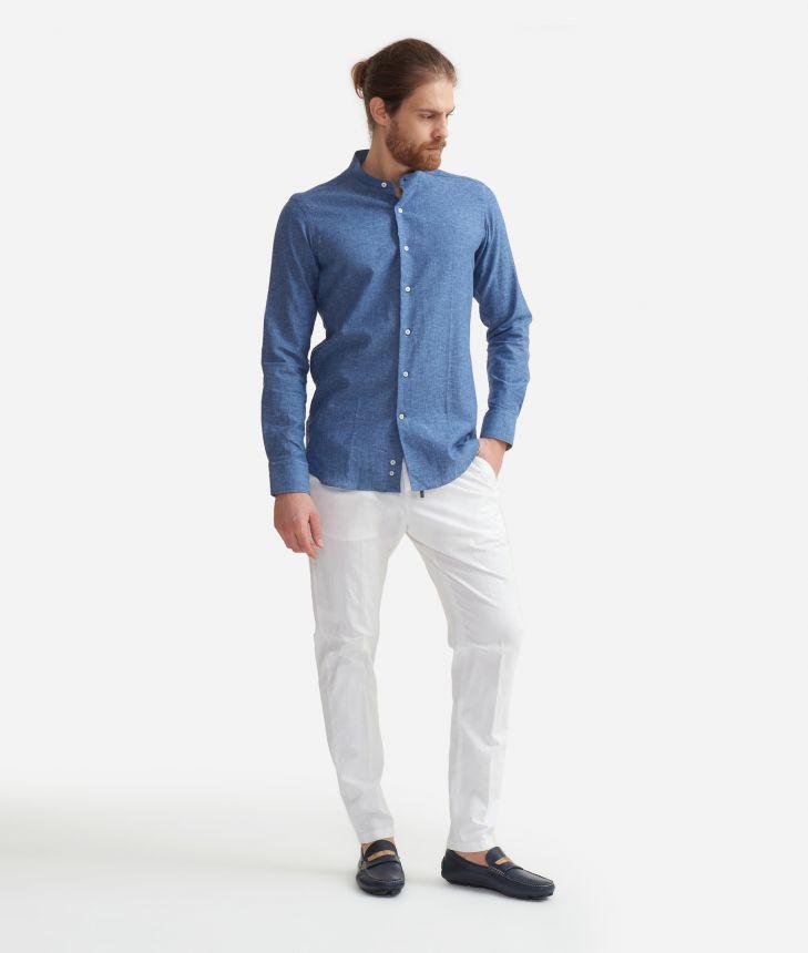 Camicia slim fit con colletto alla coreana in misto lino con toppe Geo Classic Azzurra,front