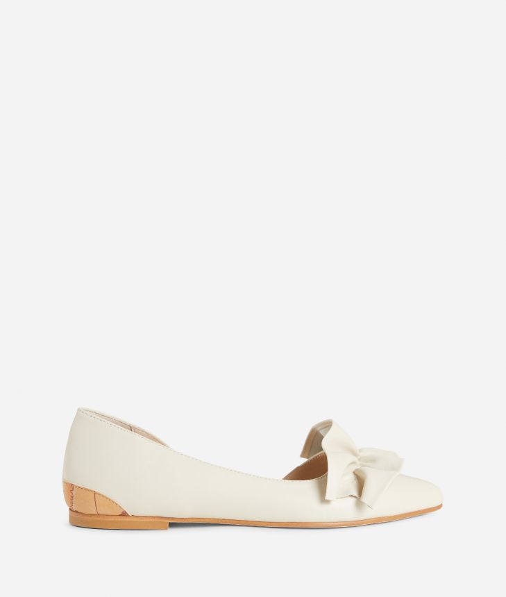 Online Exclusive Ballets flats in smooth leather Beige,front