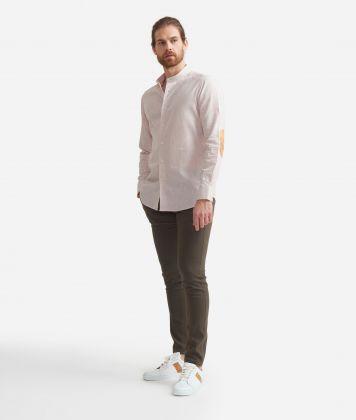Camicia slim fit con colletto alla coreana in misto lino con toppe Geo Classic Beige