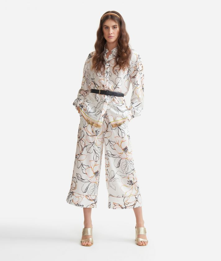 Cropped pants in twill with maxi flowers print