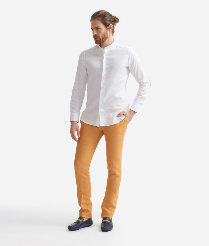 Slim fit shirt with mandarin collar in linen blend with Geo Classic print patches White