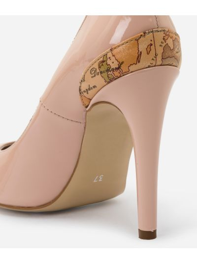 Pumps in eco-patent fabric Nude