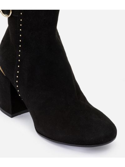 Ankle boots in suede leather with studs Black