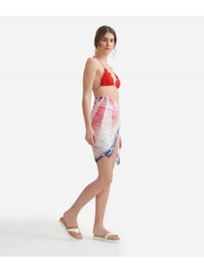 Beach sarong with American Flag print 135 x 135 White